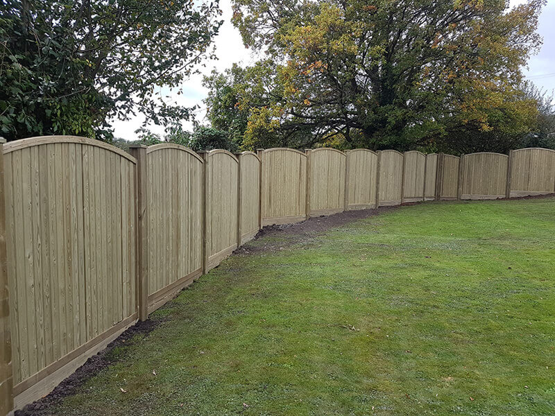 Vertical tongue and groove fencing