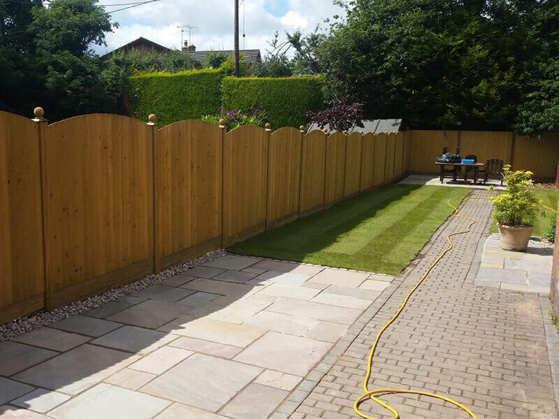Featherboard fence panels in Mold