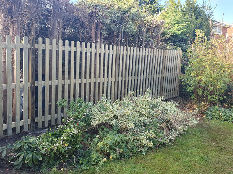 Traditional palisade fence panels